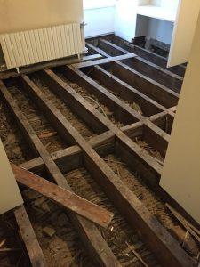 Avant rénovation parquet Pin des Landes